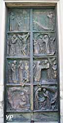 Église Saint-Pierre de Montmartre - porte latérale