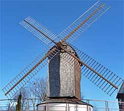 Moulin à pivot du Mont Trouillet
