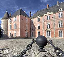 Château de Meung-sur-Loire - extension XVIIIe s.