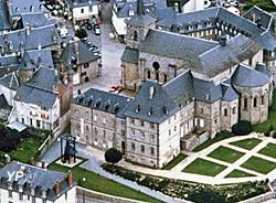 Abbaye Saint-André - Centre d'Art Contemporain (Cac Meymac)