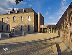 Musée du Château de Mayenne - haute cour