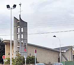Eglise Notre-Dame-de-La-Paix (Michel Cavey)