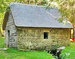 Les Deux Moulins de Chamboux - moulin électrique