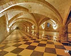 Abbaye royale du Moncel - cellier voûté
