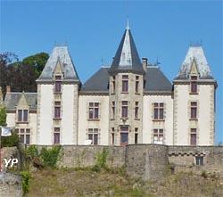 château de Bressuire (doc. Yalta Production)