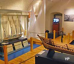 Château de Sonnaz - musée du Chablais - exposition « Les barques du Léman, chronique d'une navigation disparue »