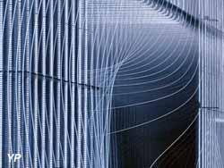 Façade du Centre de Création Contemporaine CCC (architecte : Philippe Chiambaretta/PCA)