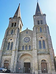 église de la Trinité de Mauléon (doc. Yalta Production)