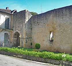 Porte rendesse saint macaire - Office de tourisme de l entre deux mers ...