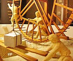 Planète des Moulins - roue de carrier, carrières de Paris
