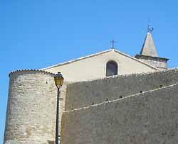 église Saint Pierre à Tulette (doc. OT Tulette)
