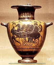 vase grec décoré d'un char (Musée Abbaye Saint-Germain)