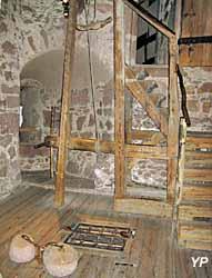 chambre de torture avec estrapade, ayant servi dans le cadre de l'exercice de la justice seigneuriale (mise à la question...)