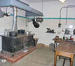 Fort A5 Bois-du-Four - cuisine
