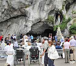 Grotte de Massabielle (grotte de l'apparition)