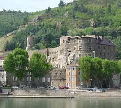 château de Tournon-sur-Rhône (doc. OT Tournon-sur-Rhône)