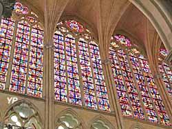 Cathédrale Saint-Gatien - verrière du choeur