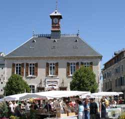 brocante à Villard-de-Lans (doc. Stéphanie Oddoux )