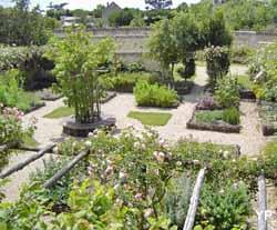 Jardin d'Inspiration Médiévale (OT Loudun)