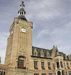 hôtel de ville et beffroi de Bailleul (OT Bailleul)