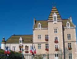 hôtel de ville de Meursault (doc. OT Meursault)