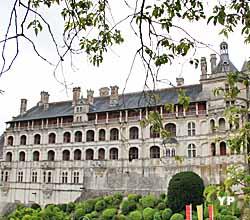 Aile François Ier, façade des Loges (doc. Yalta Production)