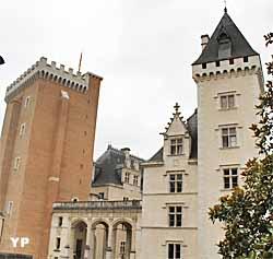 Château de Pau, aile Est, tour Napoléon III