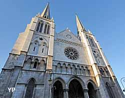 Eglise Saint Jacques (Yalta Production)