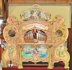 Ferme des Orgues - Musée de la Musique Mécanique (Yalta Production)