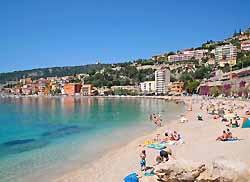 plage de Villefranche-sur-Mer (doc. Yalta Production)