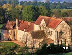 Abbaye de Noirlac (R. Lacroix)