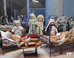 Hôpital de campagne, les premiers soins aux blessés