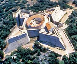 port d'Antibes et fort Vauban (Antibes Juan-les-Pins)