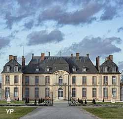 Château de la Motte-Tilly (doc. Monuments nationaux)