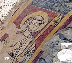 Décor peint représentant saint Pierre (XIIIe siècle) (Conseil général de l'Isère, coll. MAG. Auteur : Frédérick Pattou)