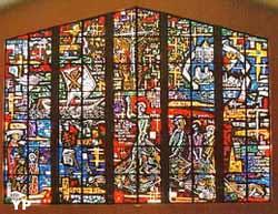 Eglise Saint-Gall -  vitraux de Tristan Ruhlmann (Rémy de Hatten)