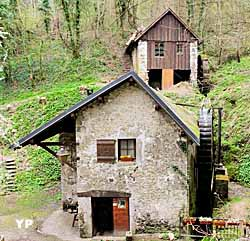 Moulin (Moulin de Chanaz)
