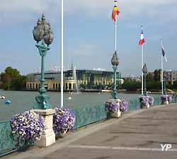 lac et casino d'Enghien-les-Bains (doc. Yalta Production)