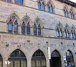 Maison du Grand Fauconnier  (Musée d'Art Moderne et Contemporain)