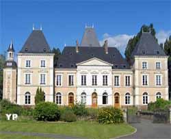Château de Segrais (Centre de Méditation Kadampa France)