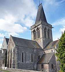 Eglise Notre-Dame - chevet (Association Les Campagn'Arts)