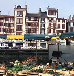 quai de la Nive à Bayonne (doc. CRTA / JJ Brochard)