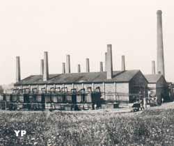 Ancienne distillerie d'huile brute