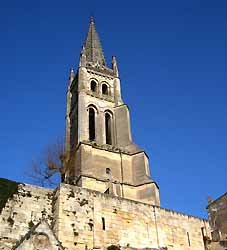 église monolithe de Saint-Emilion (doc. CRTA / JJ Brochard)