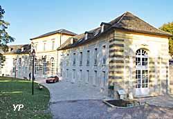 Orangerie du château de Crozat (Yalta Production)