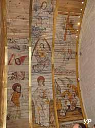 Chapelle Notre-Dame de Carmès - lambris posés (Mairie de Neuillac)