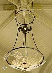 Luminaires pour la collégiale de Bueil-en-Touraine (Indre-et-Loire)