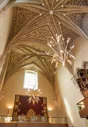 Luminaires de la Sainte-Chapelle du château des ducs de Savoie à Chambéry (Savoie)