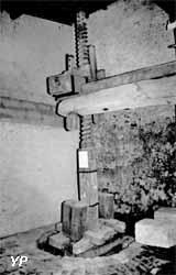 Pressoir (Yalta Production)