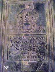 Dalle funéraire en fonte de la famille Castagnery (1638)